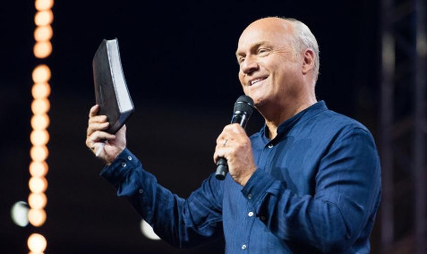 Greg Laurie é pastor da Harvest Church, nos EUA. (Foto: Harvest Church)