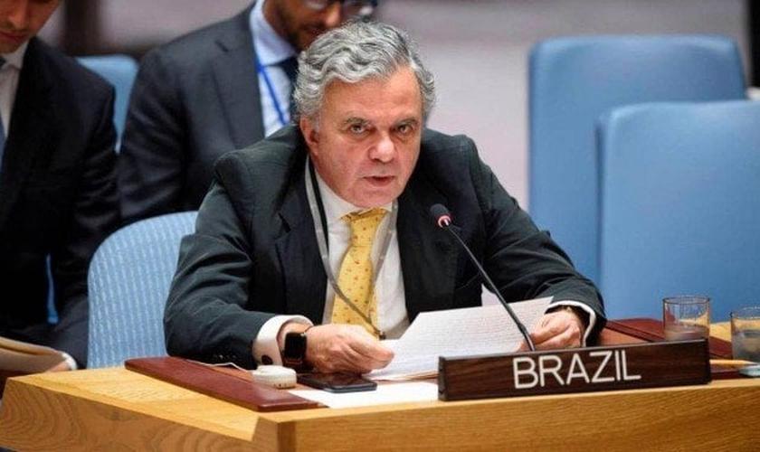O embaixador brasileiro na ONU, Frederico Meyer, em discurso no Conselho de Segurança. (Foto: Reprodução/Twitter)