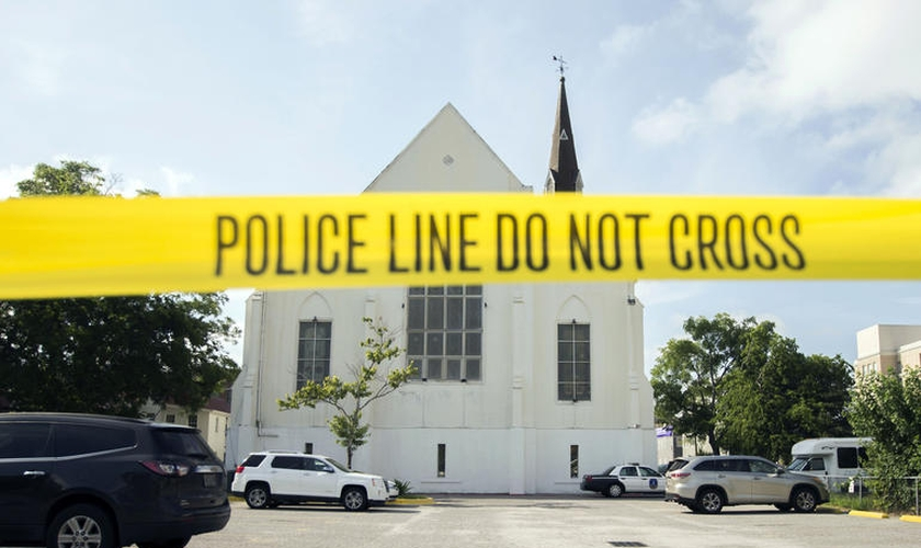 Frente da Igreja Episcopal Metodista Africana Emanuel que sofreu ataque onde nove fiéis morreram. (Foto: Reprodução/Premier)
