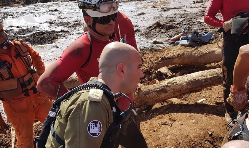 Militares israelenses colaboraram no resgate de 15 corpos. (Foto: IDF)