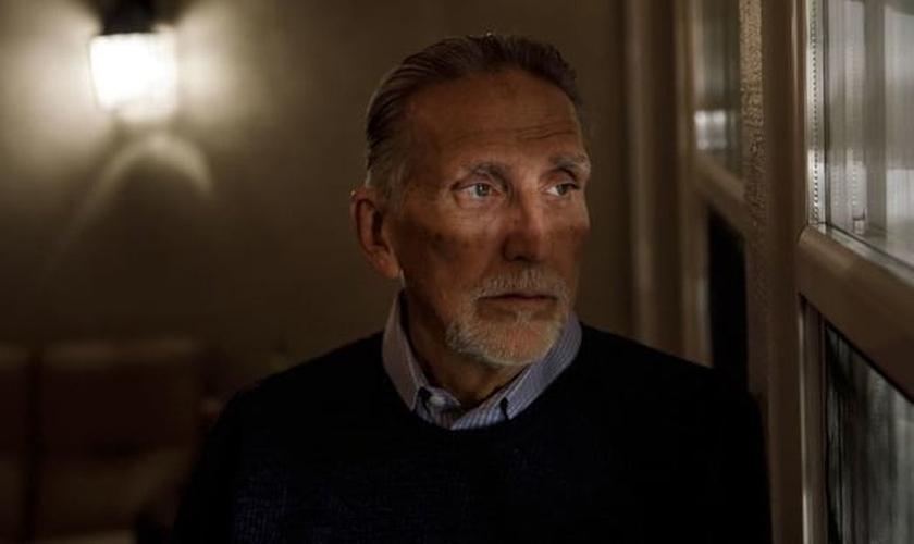Craig Coley, de 71 anos, ficou preso 39 anos por um assassinato que não cometeu (Marcus Yam/Los Angeles Times)