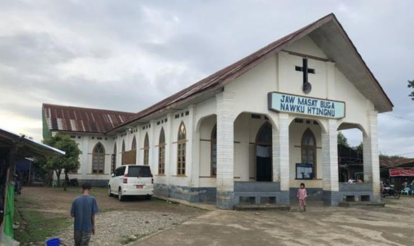 Igreja em Kachin, onde 95% dos habitantes são cristãos. (Foto: Twitter/Bob Roberts Jr)