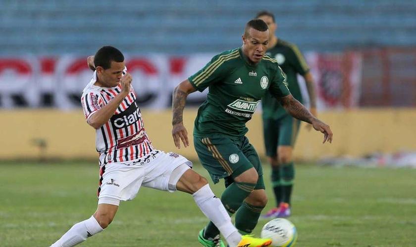 França teve problemas com o álcool durante sua passagem no Palmeiras. (Foto: Célio Messias/Estadão Conteúdo)