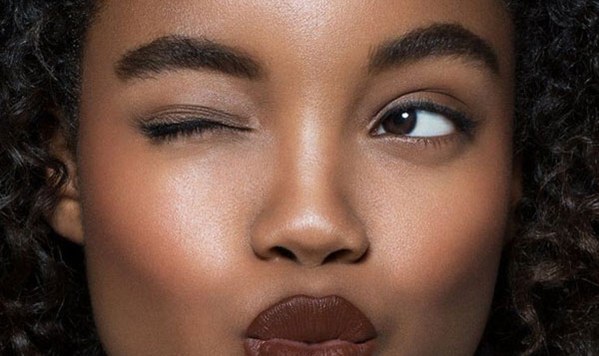 O formato natural define melhor a harmonização da face. (Foto: Reprodução/Pinterest)