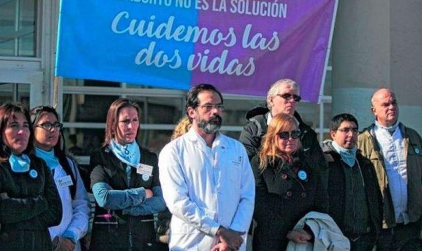 Dr. Leandro Rodríguez Lastra, condenado por não proceder a aborto na Argentina. (Foto: Reprodução/CtizenGO)