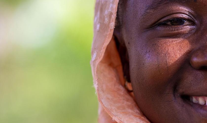 Imagem de mulher nigeriana cedida pela organização Portas Abertas. (Foto: Portas Abertas)