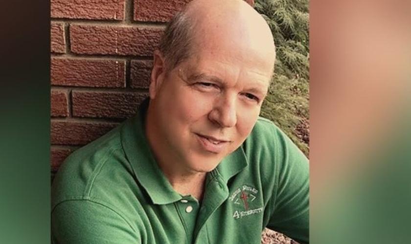 Philip Dunn volta a enxergar após 14 anos cego dos dois olhos. (Foto: Reprodução/AG)
