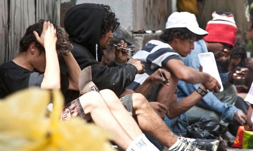 Usuários de drogas na região da Cracolândia, no centro de São Paulo. (Foto: Vagner Campos/Brazil Photo Press/Folhapress)