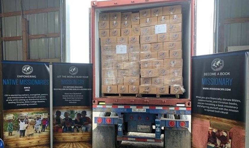 Contêiner com Bíblias para Hong Kong. (Foto: Reprodução/Mission Network)