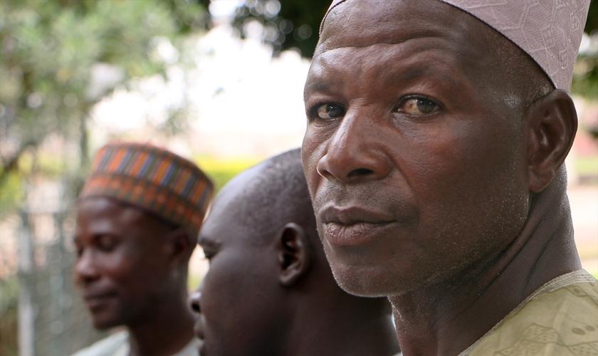 Pais das meninas do Chibok ainda têm esperança no retorno de suas filhas. (Foto: Portas Abertas)