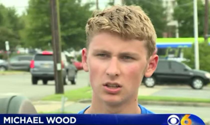 : Michael Wood, em entrevista sobre o salvamento do menino que estava se afogando. (Foto: Reprodução/CBS 6 News)