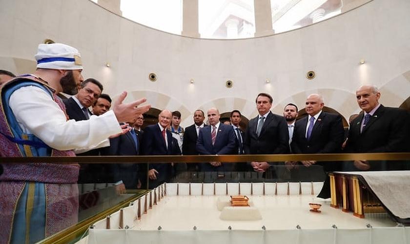 Jair Bolsonaro durante visita ao Templo de Salomão. (Foto: Alan Santos/PR)