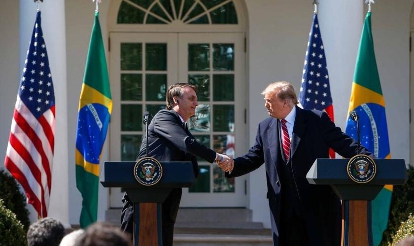 O presidente Donald Trump e o presidente Jair Bolsonaro durante atendimento à imprensa na Casa Branca, em Washington, nos Estados Unidos. (Foto: Vanessa Carvalho/Brazil Photo Press/Agência O Globo)