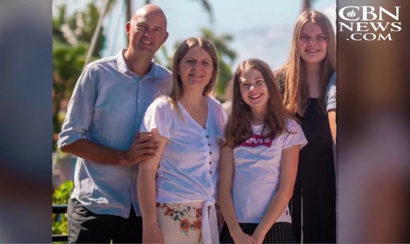 Torben Sondergaard e família. (Foto: Reprodução/CBS News)