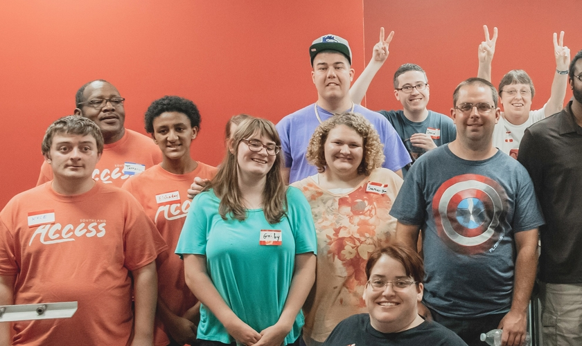 Todos os funcionários da McLeod's Coffee House, nos EUA, têm necessidades especiais. (Foto: Reprodução/Facebook)