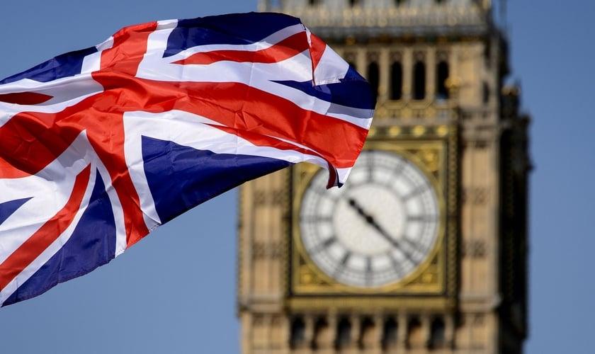 25% da população alegam estar espiritualmente abertas à fé no Reino Unido. (Foto: Reprodução/Pinterest)