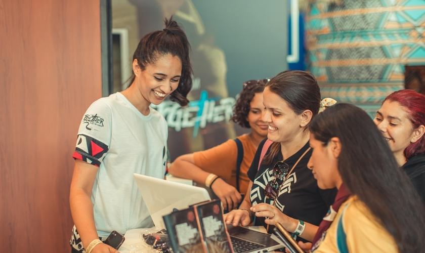 Com o foco em voluntariado, o Together prevê a participação de cerca de 10 mil pessoas. (Foto: Divulgação)