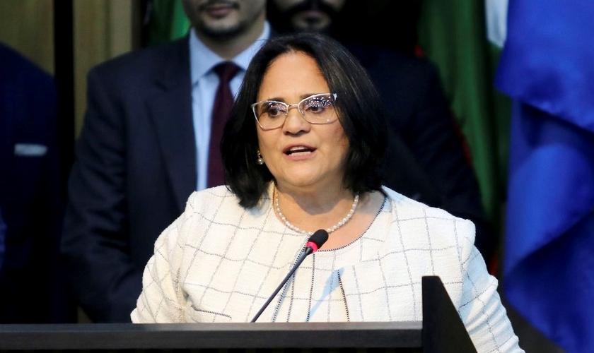 Portaria foi assinada pela ministra da Mulher, da Família e dos Direitos Humanos, Damares Alves. (Foto: Wilson Dias/Agência Brasil)