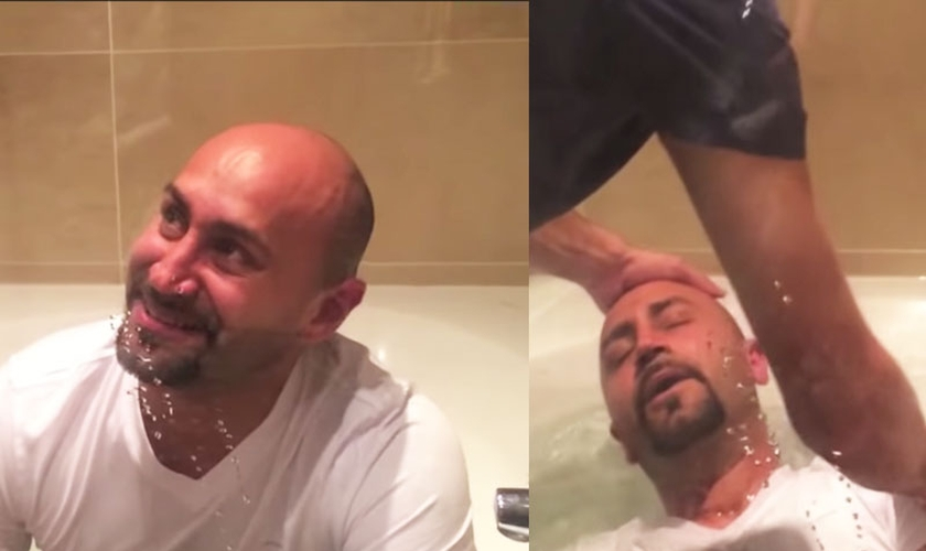 Ex-muçulmano se batiza após experiências com Jesus. (Foto: Reprodução/YouTube)
