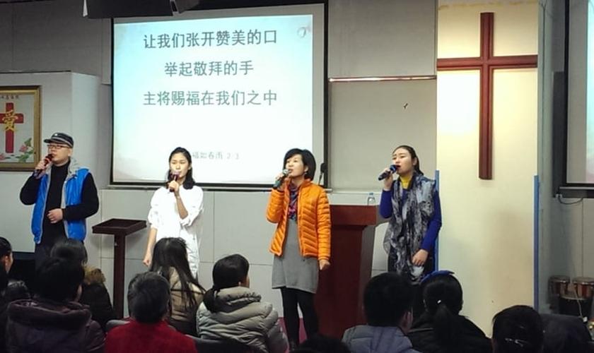 Igrejas chinesas funcionam principalmente em casas. (Foto: Reprodução/Religion News)