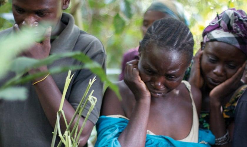 Cristãos são obrigados a fugirem da violência islâmica no Congo. (Foto: Reprodução/Film Ireland)