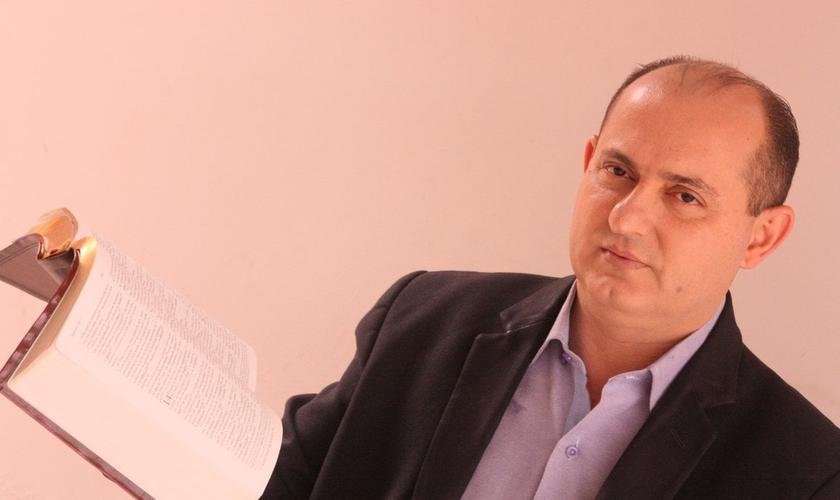 Pastor João Flávio Martínez, presidente do Centro Apologético Cristão de Pesquisa (CACP). (Foto: Reprodução/Facebook)