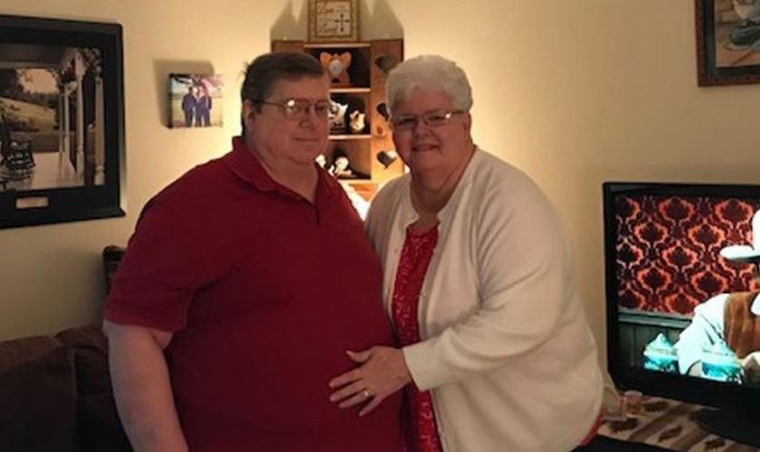 O Pr. Paul Beasley e sua esposa Karen. (Foto: Reprodução/AG News)