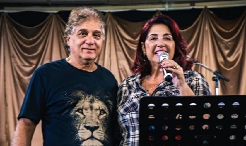 Pastores Carlos Moysés e Liliane Moysés são líderes do grupo Voz da Verdade. (Foto: Instagram / Reprodução)
