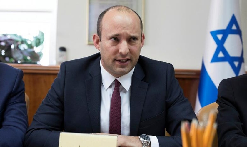 O ministro da Defesa de Israel, Naftali Bennett. (Foto: Reprodução/Reuters)