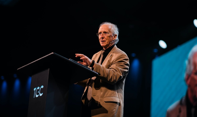 O pastor John Piper fala sobre a relação do coronavírus e a volta de Jesus. (Foto: Desiring God)