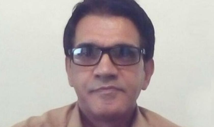 Nasser Navard antes de ser preso, em Teerã. (Foto: Reprodução/ Portas Abertas)