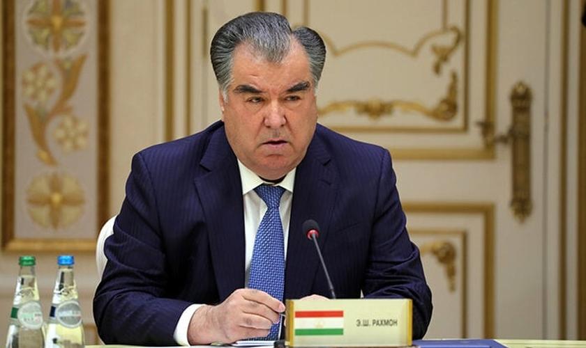 Emomali Rahmon, presidente do Tajiquistão desde 1994. (Foto: Reprodução/UGCN)