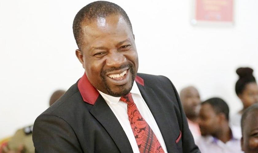 O bispo David Livingstone Kiganda. (Foto: Reprodução / Grapewine)