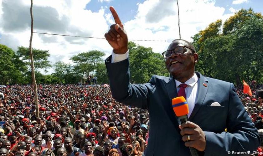 Lazarus Chakwera eleito presidente do Malawi. (Foto: E. Chagara / Reuters)