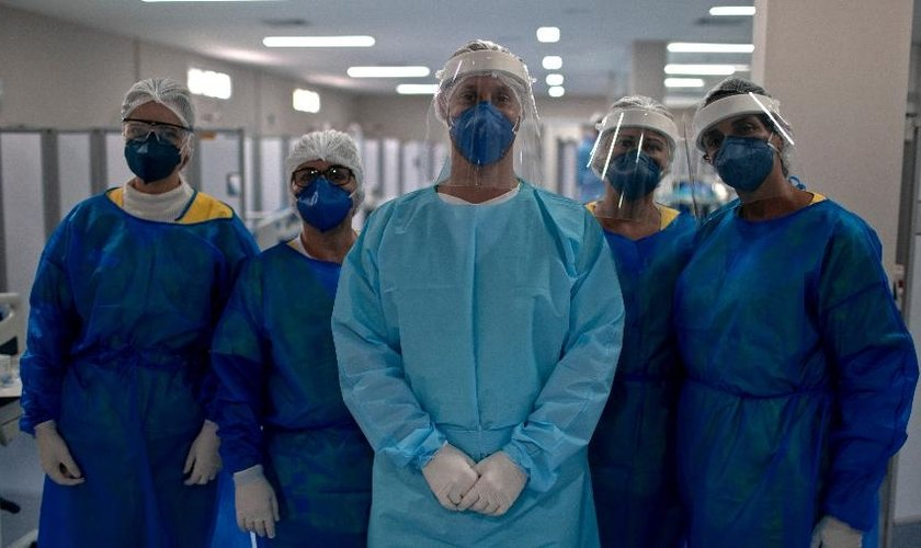 O Brasil superou a marca de 1 milhão de recuperados do novo coronavírus, segundo a Universidade Johns Hopkins. (Foto: AFP)