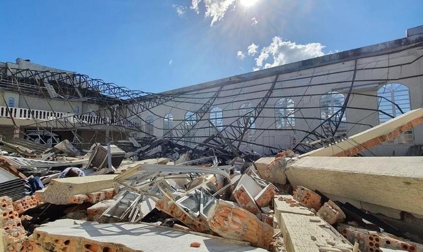 Igreja Assembleia de Deus em Garuva (SC) totalmente destruída após ciclone bomba. (Foto: Reprodução/Assembleia de Deus Garuva)