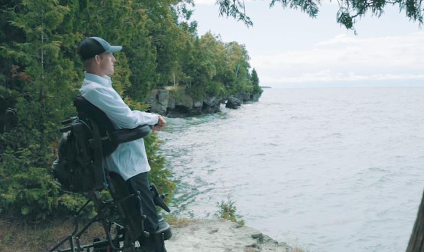 Mark Andrew Grantham é quadriplégico há 14 anos e hoje fala sobre seu propósito de vida. (Foto: Mark Grantham)