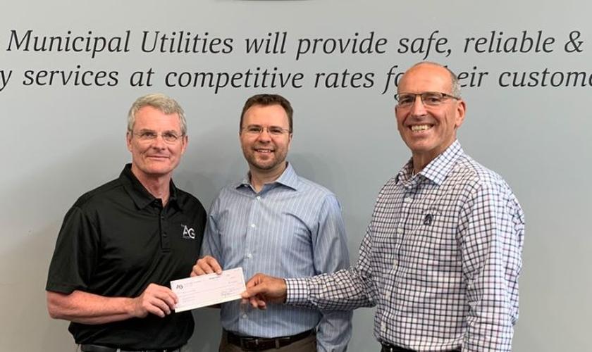 A Assembleia de Deus em Willmar levantou 20 mil dólares para ajudar famílias de baixa renda. (Foto: AG News)