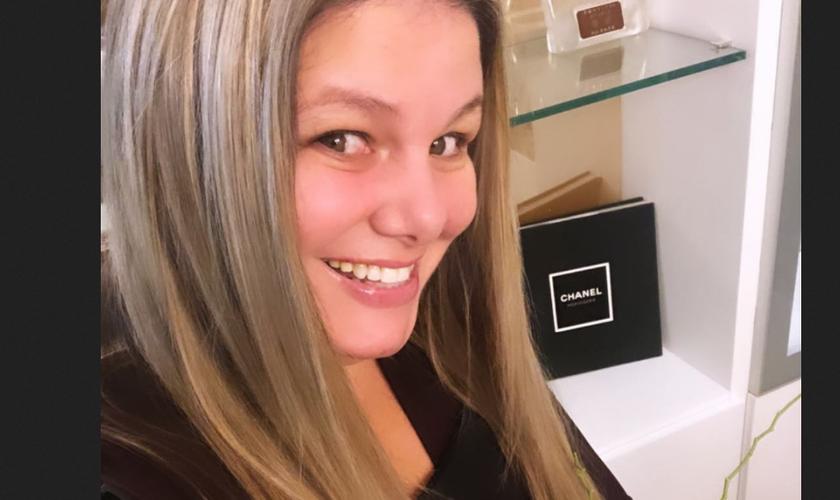 Após conversão, Vivi Brunieri tornou-se missionária evangélica. (Foto: Reprodução / Instagram)