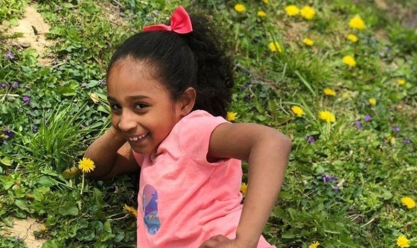Dorielis Reyes morreu aos 9 anos, após lutar durante meses contra uma misteriosa inflamação no cérebro, nos EUA. (Foto: Arquivo Pessoal)