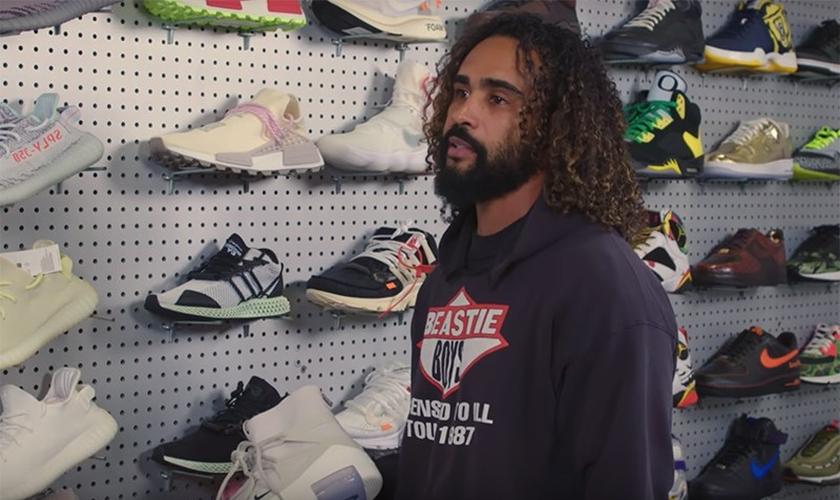 Jerry Lorenzo é designer de tênis e roupas e lançou uma marca inspirada em valores cristãos. (Foto: highsnobiety)