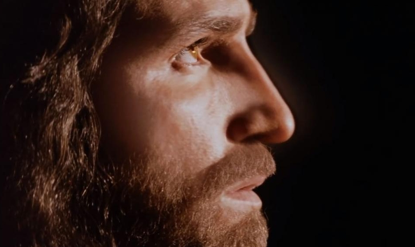 """Filme """"A Paixão de Cristo: Ressurreição"""" ainda não tem data de lançamento confirmada, mas o ator Jim Caviezel afirmou que a data está próxima. (Imagem: Youtube / Reprodução)"""