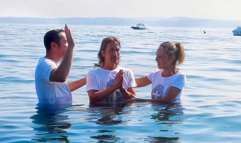 Italianos foram batizados através da atuação de missionários brasileiros. (Foto: Junta de Missões Mundiais)