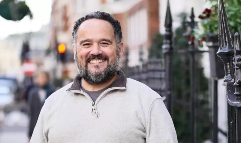 Michael Overd é pregador de rua na Inglaterra. (Foto: Reprodução / Premier)