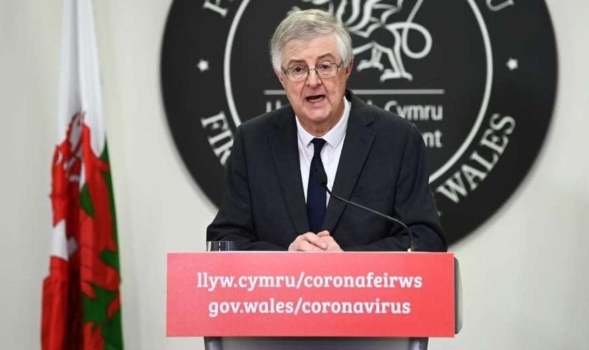 Mark Drakeford, Primeiro-ministro do País de Gales anunica novo bloqueio no país. (Foto: Matthew Horwood / Getty Images)