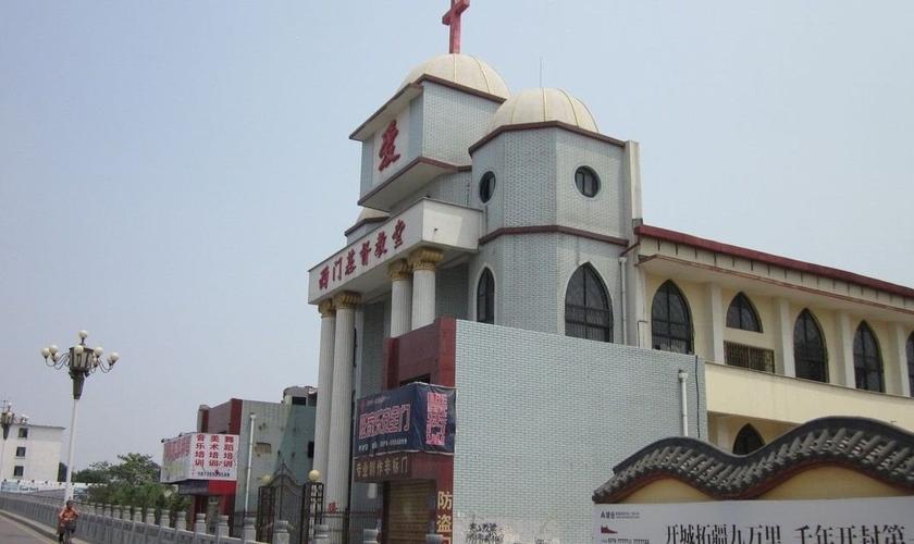Igreja ligada ao Movimento Patriótico das Três Autonomias é uma das denominações que, mesmo autorizada pelo governo, sofre repressão comunista na China. (Foto: ChinaSource)