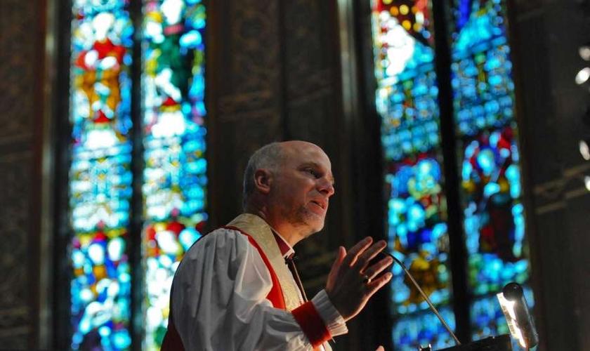 William Love era bispo da Igreja Episcopal dos EUA e renunciou após ser disciplinado por não concordar em abençoar casamentos entre pessoas do mesmo sexo. (Foto: Advent Episcopal Church)