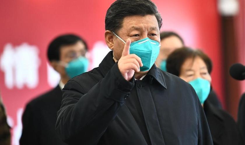 Xi Jinping, presidente da China, em visita à cidade de Wuhan, primeiro epicentro do coronavírus. (Foto: Xinhua/Xie Huanchi)