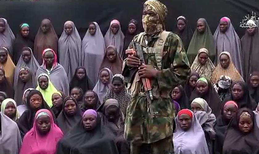 O caso das meninas de Chibok é um dos mais dramáticos da Nigéria, no qual 112 garotas ainda são mantidas reféns do Boko Haram. Parte das garotas integra o hall de membros da Igreja Evangélica Winning All. (Foto: ABC News)