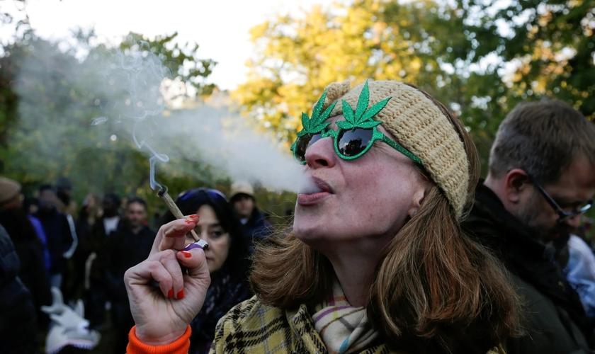 Canadá é um dos países que tem cannabis liberada para uso recreativo. (Foto: Carlos Osorio/Reuters)